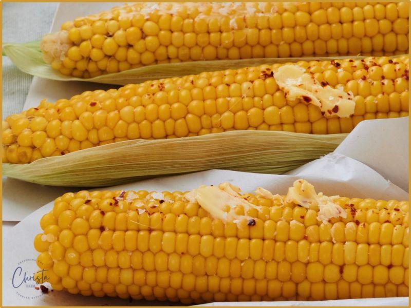 Turkish Milk Boiled Corn on The Cob Süt Mısır