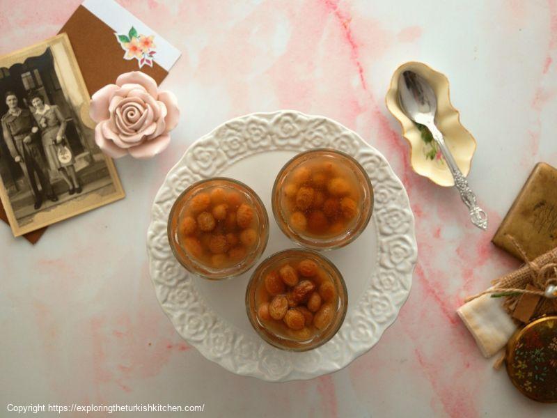 Dried Grape Compote With Honey (Hoşaf)