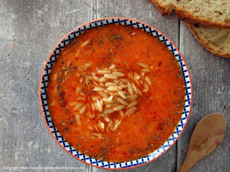 Orzo Pasta & Tomato Soup: Terbiyeli Şehriye Çorbası