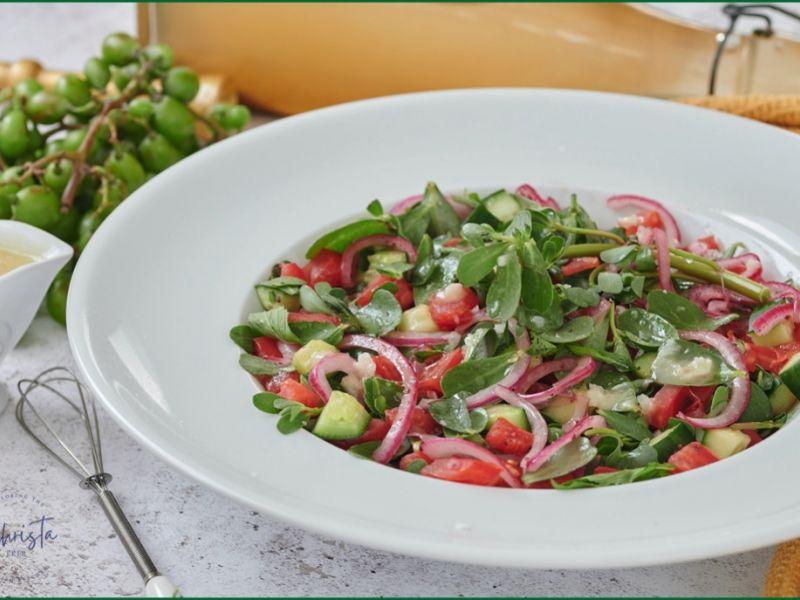 Purslane Salad (Semizotu Salatası)